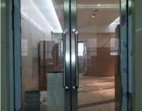 甲级防火玻璃门