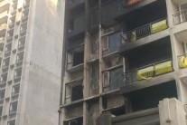 在建楼盘火灾,我司防火玻璃坚守岗位无破损现象