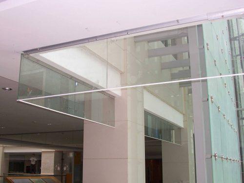 防火玻璃挡烟垂壁设置高度