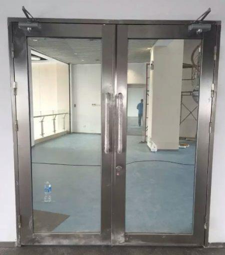 本色不锈钢防火玻璃门