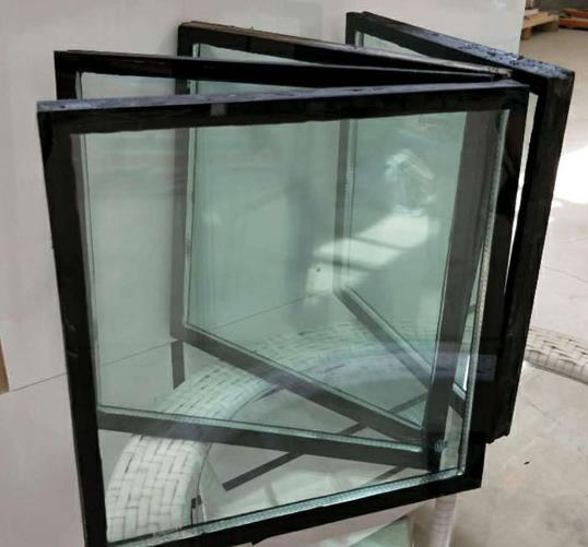纳米硅防火玻璃